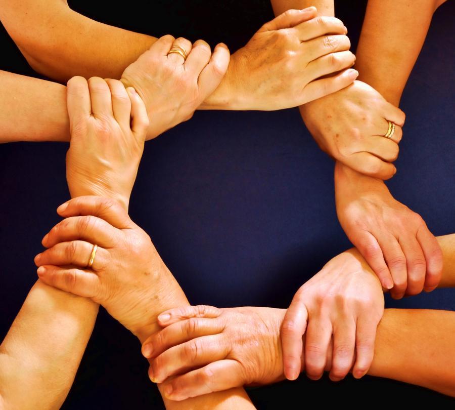 El consumo Colaborativo como creador de vi¦ünculos sociales Lazos sociales returns